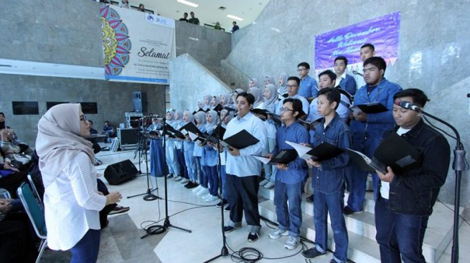 Mini Concert Rascacielos Choir Universitas Al Azhar Indonesia